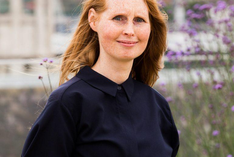 Emma Whittaker. Ambient Literature event, London. 30 June 2016.